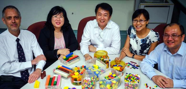 Customising 'Singapore maths' for use in schools abroad
